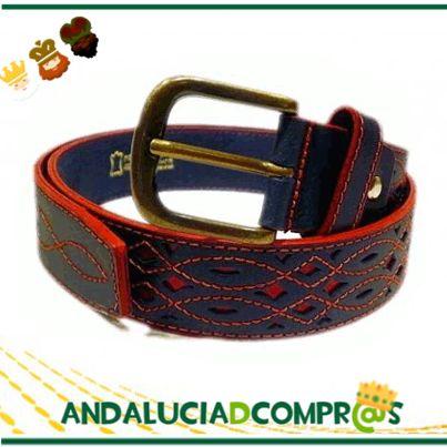 Descubre para estos Reyes estos cinturones de cuero calado, forro de piel y hebilla metálica con López Complementos. Disponible en; https://www.andaluciadecompras.es/portal/web/lopez-complementos
