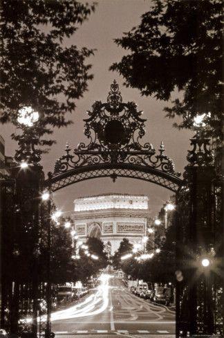 ❥ l'arc de triomphe de nuit <3