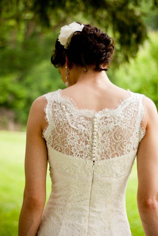 gorgeous lace back, photo by Jeff Loves Jessica: Lace Weddings Dresses, Bride Grooms, Vintage Lace, White Weddings Dresses, White Lace, Weddings Dresss, Lace Back, Lace Dresses, Weddings Idea