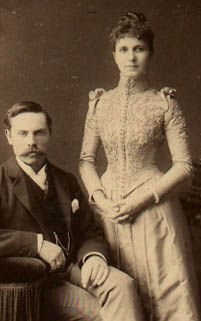 1890s Fashion.How did you find a husband all covered -up ?