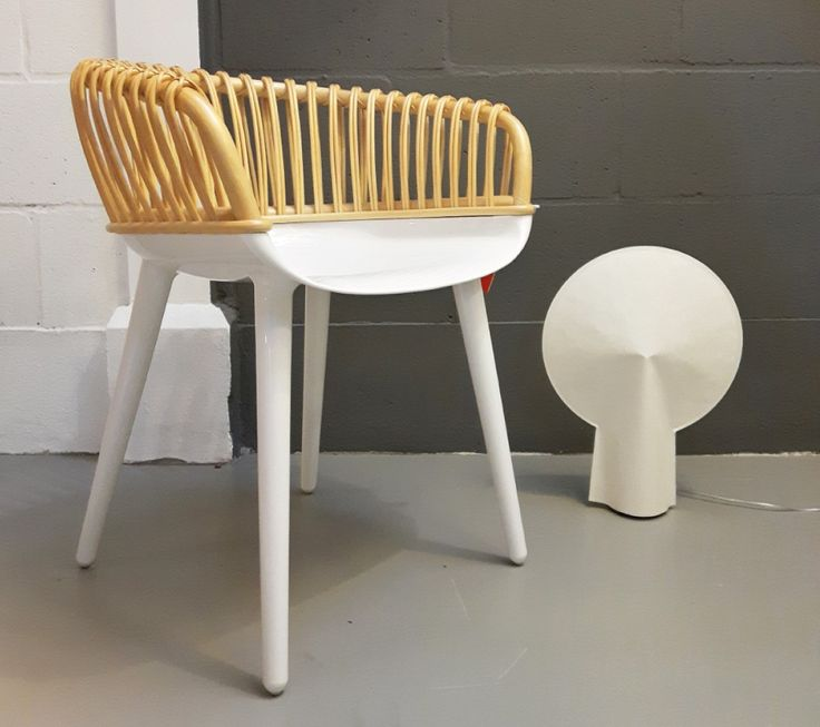 Armchair in white Polycarbonate