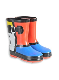 #patchholidayfun  Boots are perfect for the snow and cold mornings!