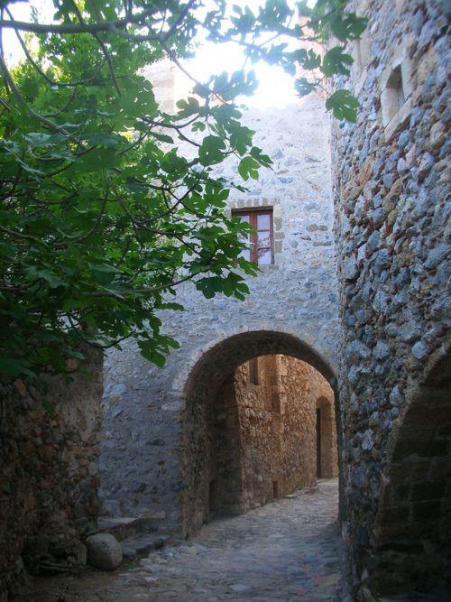 All things Hellenic ~ Ο Τόπος μας, The secret paths of Monemvasia