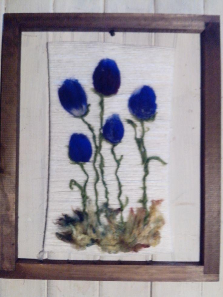 Tulipanes azules aplicación fieltro, diferentes y diseños y variedades. Facebook: Miel Violeta