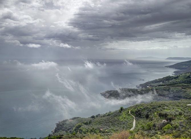 Mouresi, Greece.    Carl de Keyzer. Moments Before The Flood #outdoorsgr