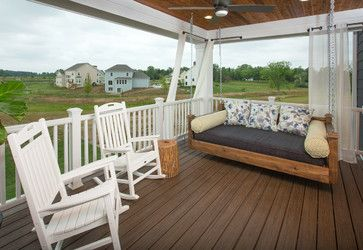 Covered back porch/deck with swing daybed