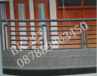 BENGKEL LAS KANOPI MALANG BULULAWANG  Bengkel Las DAVA (Sms/Telp/WA 087889863450) adalah bengkel las yang melayani jasa pembuatan dan pemasangan pagar minimalis, teralis jendela, pintu besi, pagar besi, pagar rumah minimalis, balkon, railing tangga, kanopi dll.