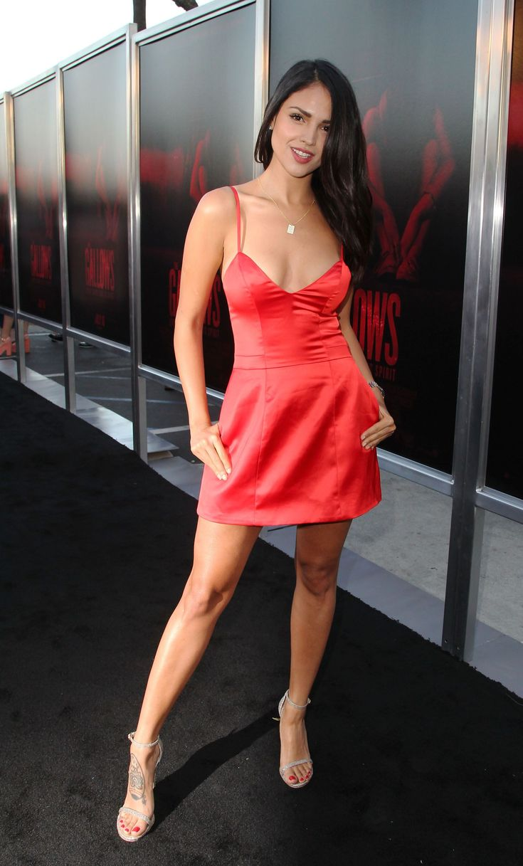 Eiza gonzalez arrives at the the gallows los angeles premiere at hollywood high school on july 7 2015 in los angeles california