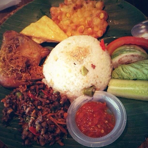 Nasi jambal - Jambal means salted fish @ de'Leuit. Ciheuleuit, Bogor - Indonesia
