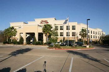 Hampton Inn & Suites College Station / US 6-East Bypass-925 Earl Rudder Fwy. S., College Station, TX 77840
