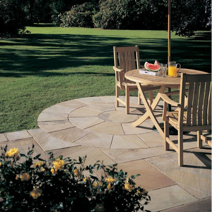 Bradstone, Natural Sandstone Paving Fossil Buff 2 Ring Circle - Pack