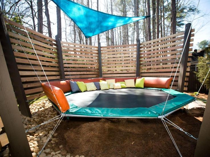 Exterior Red Portable And Foldable Trampoline Durable