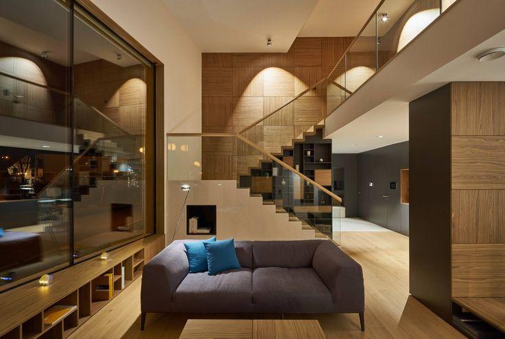 floor: Sento lettura | ceiling: Più R alto 3d | candels: Occhio candela light