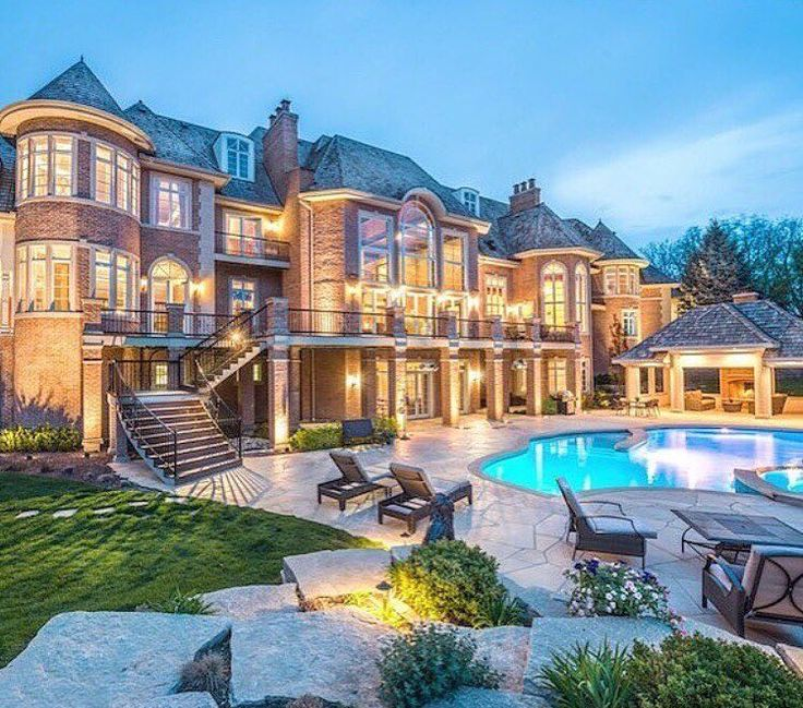 Mansion Houses With Pools: 25+ Best Ideas About Luxury Mansions On Pinterest