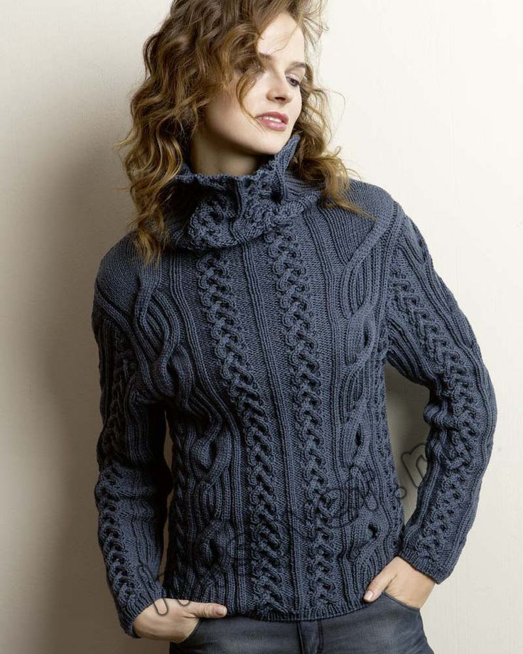 Размеры женского свитера с косами: S (M, L, XL).