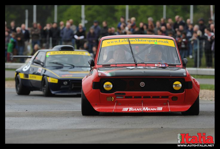 Fiat 128. www.auto-italia.net