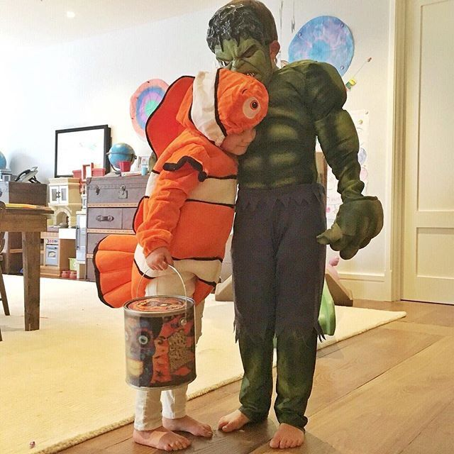 Pin for Later: The Best Celebrity Family Halloween Costumes Gisele Bündchen's Kids as Nemo and the Hulk