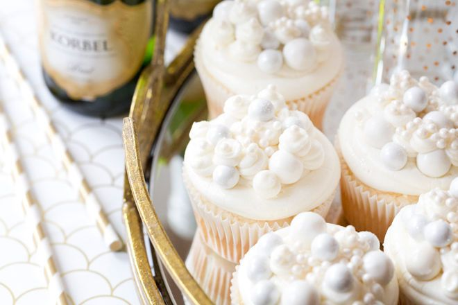 Champagne Cupcakes - New Year's Eve Dessert