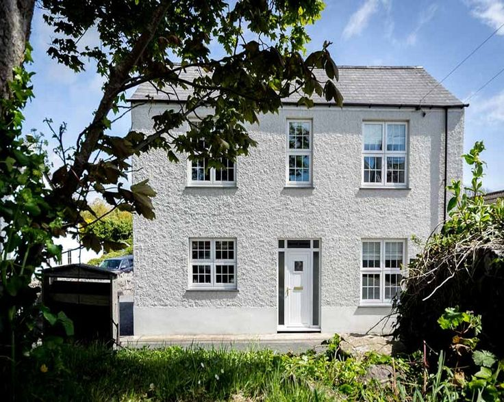 Brook House - Pet Friendly in South Wales