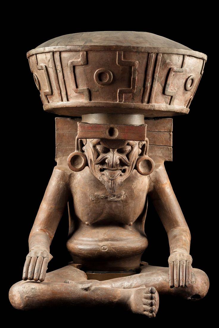 Huehuetéotl, dios viejo del Fuego  - Clasico (200-850 D.c.) - Museo Nacional de Antropología