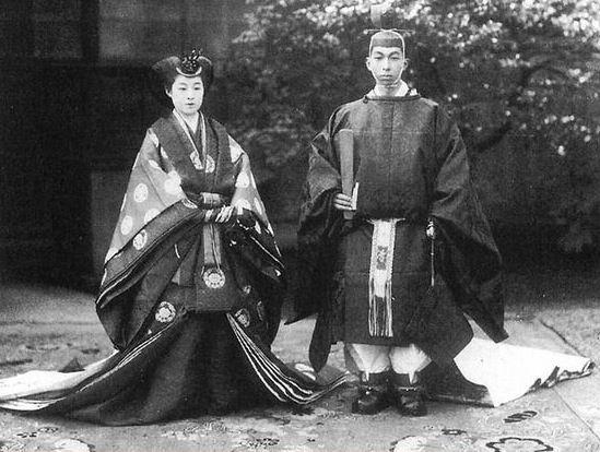 高松宮宣仁親王(たかまつのみやのぶひとしんのう)殿下(R), 同妃喜久子(きくこ)殿下(L)  Wedding of Prince Nobuhito and Princess Kikuko, 4 Feb 1930
