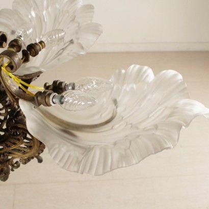 Lampadario in bronzo e vetro - particolare
