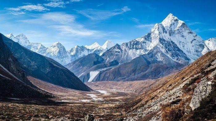 32 Pemandangan Paling Indah 8 Gunung Dengan Pemandangan Terbaik Di Dunia Ini Bikin Kaki Download 7 Daftar Air Terjun Cur Di 2020 Pemandangan Danau Tempat Liburan