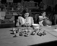 Woman making pottery. Eastern Cherokee Reservation, 1947. Photo from the NC State Archives.