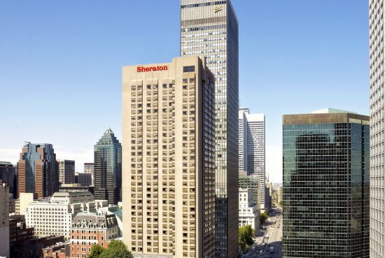 Le Centre Sheraton Montreal Hotel.  à une rue de la rue Ste-Catherine, à une rue des deux lignes Métro.  One block from Ste-Catherine Street and one block from the two downtown Metro lines