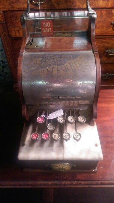 Loved this old #cashier #till i found in an antique shop