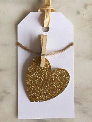 Cute pegged gold heart gift tags