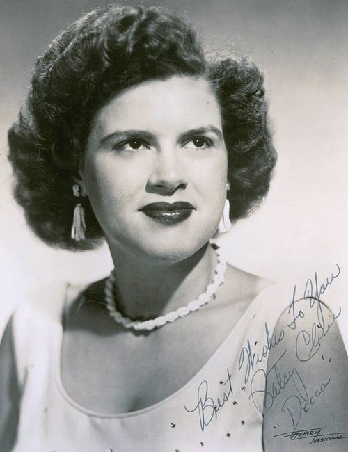 """I have gotten more than I asked for. All that I ever wanted was to hear my voice on record and have a song among the Top 20.""  -Patsy Cline: Musicians Vocalist, Patsi Cline Quotes, Country Music, Patsy Cline, Classic Musicians, Favorite Musicians, Country Legends, Music Heroes, Country Singers"