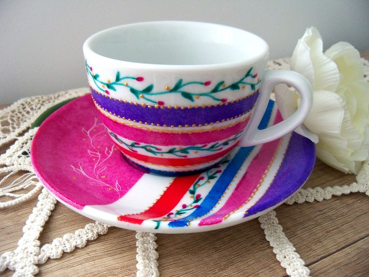 Coffee cup with stripes and flowers, hand painted by Handmade Sister (www.handmadesister.blogspot.com)