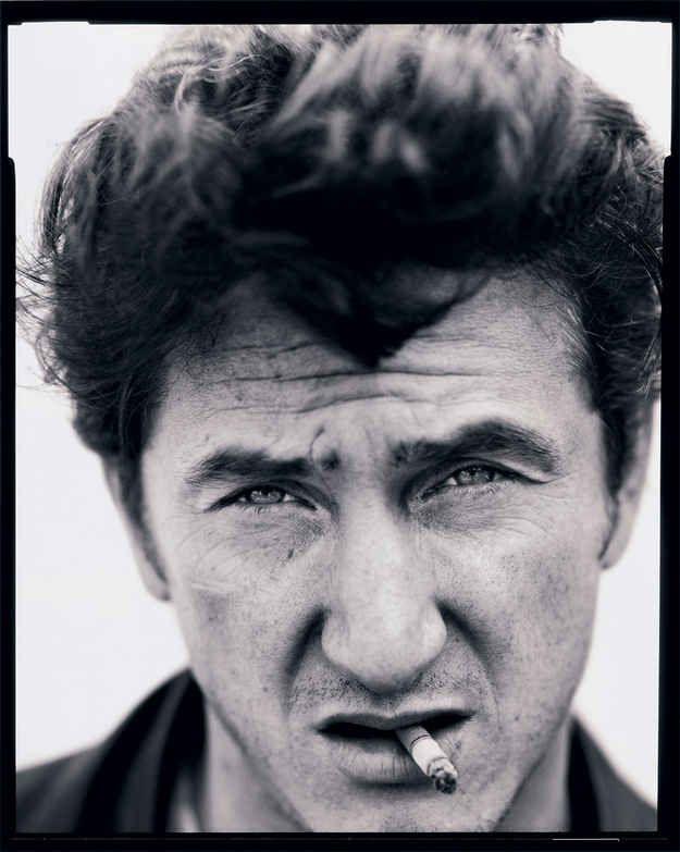 E Sean Penn, Los Angeles, 1992.   14 retratos de celebridades de cair o queixo