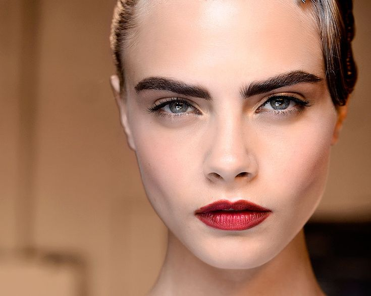 Fotos de moda | ¿Qué maquillaje para cejas te conviene | http://soymoda.net