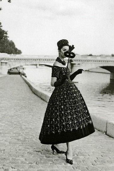 #noiretblanc#blackandwhite #vintage #dior...reasons I wish we still dressed like this
