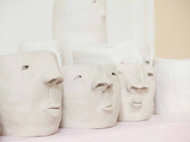 Studio of Melbourne artist/sculptor/curator; Kim Jaeger who is behind the iconic one of a kind ceramic 's; Pot heads / Photography by Julia Atkinson for Studio Home