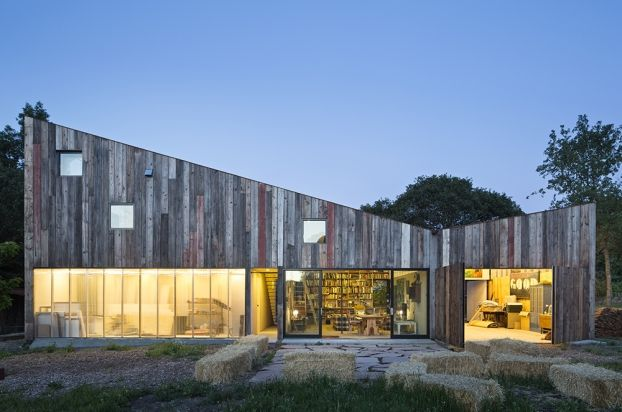 A great #21for21 Award entry by Mork Ulnes Architects: http://bit.ly/1wUIMSV Photos © Bruce Damonte #WANawards #architecture #SanFrancisco