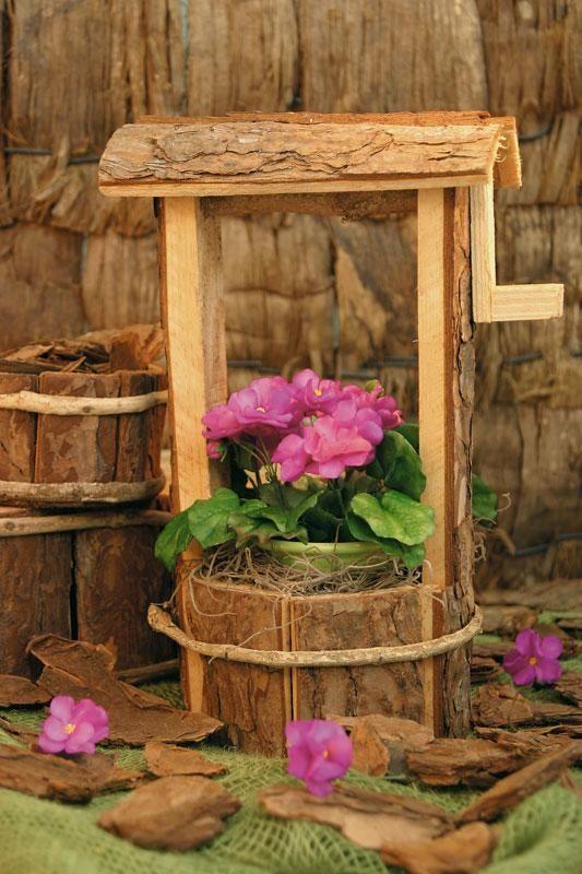 Quem é que não adora uma casa florida? Aprenda a fazer um vaso de cravos com biscuit Veja como fazer um buque de noiva usando flores de biscuit Mas quem é que tem tempo de comprar...