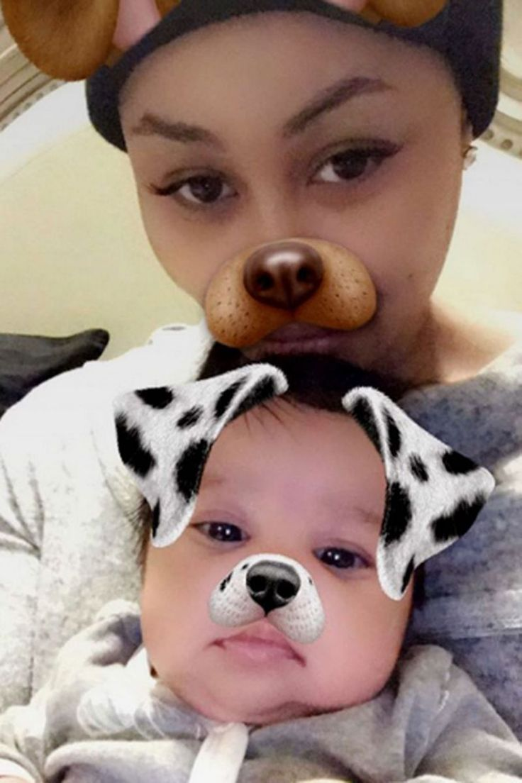 After Rob Kardashian suffered a medical emergency that landed him in the hospital Wednesday night due to complications with his diabetes, he's back to focusing on two of the top ladies in his life. Kardashian also shared a picture of fiancée Blac Chyna holding his 7-week-old daughter complete with the