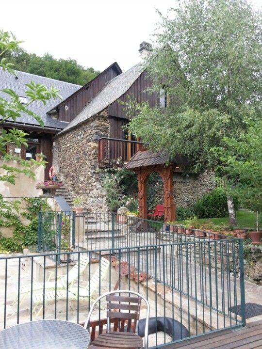 Un gîte de groupe chaleureux et confortable... idéal pour un week-end famille (50 personnes et +)  Centre de montagne Germ-Louron à Germ, Midi-Pyrénées