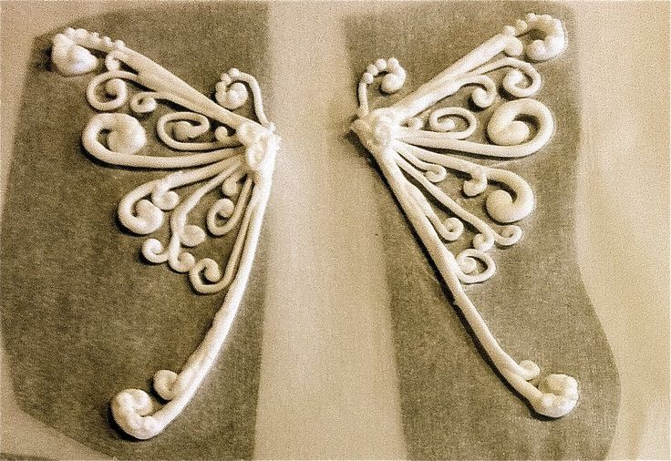 Royal Icing Butterfly Wings... so lovely! From SweetWise of Nashville, TN
