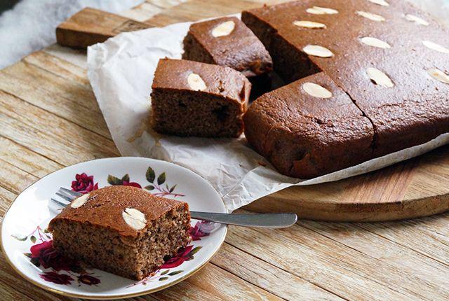 Deze heerlijke glutenvrije speculaas cake is eigenlijk het hele jaar door lekker, maar natuurljk éxtra leuk op 5 december. Lekker luchtig en vol smaak. >>