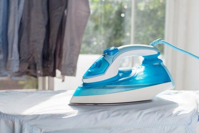 Come pulire il ferro da stiro. Tutti i rimedi naturali più efficaci