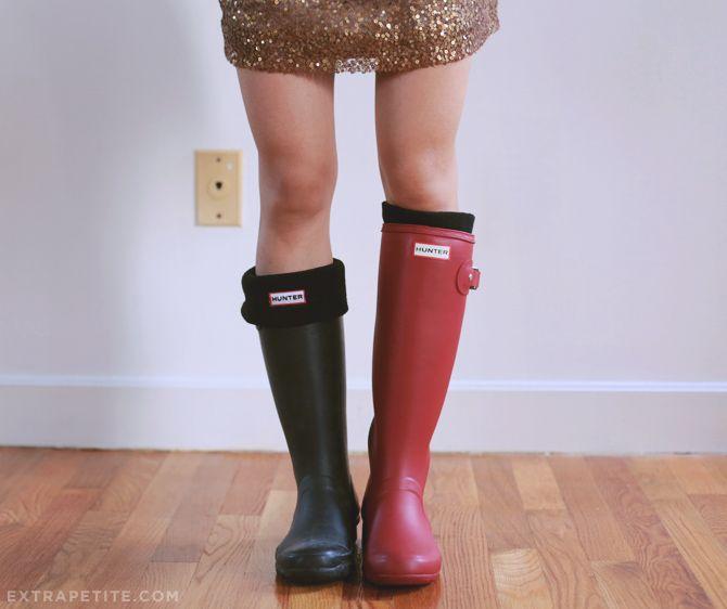 ExtraPetite.com - Hunter rain boots for petites review: Womens packable Tour (calf runs narrow) vs Kids Original