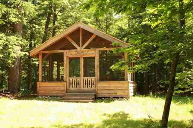 Screened in gazebo claryville ny the cabin for Backyard screen house