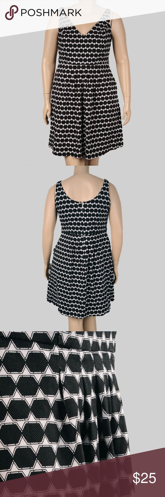 City Chic Miss Spotty Dress Size S/ city chic size 16 Stretch-cotton fit-and-flare dress with V-neck and scoopback, slight stretch, concealed back zip, allover geo print, fully lined.  Length 39in 99.06cm Waist 28in 71.12cm Bust 16in 40.64cm pair with a pair of shoes get a 15% discount City Chic Dresses