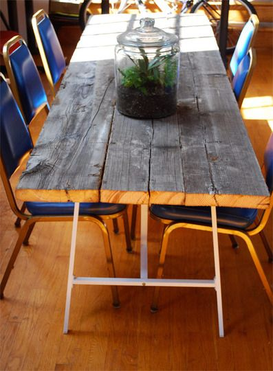How to build a reclaimed wood table with VIKA LERBERG legs from IKEA. This is EXACTLY the table I want!!