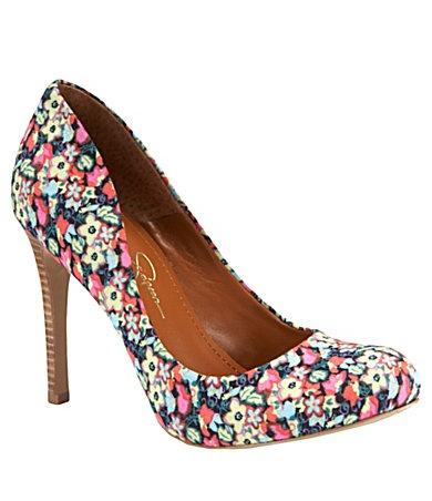 Jessica Simpson pumps: Shoes, Simpson Floral, Fashion, Style, Simpson Calie, Floral Heel, Calie Pumps, Jessica Simpsons