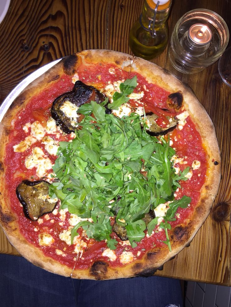 I love pizza. I hate soggy pizza and this wasn't. Lil Baci is a fun, easy going restaurant with really good food, well priced wine and excellent service. Nice to have something uptown.